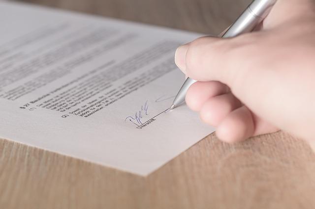 Contratto-locazione-registrato-tardivamente-,-nullità-o-validità